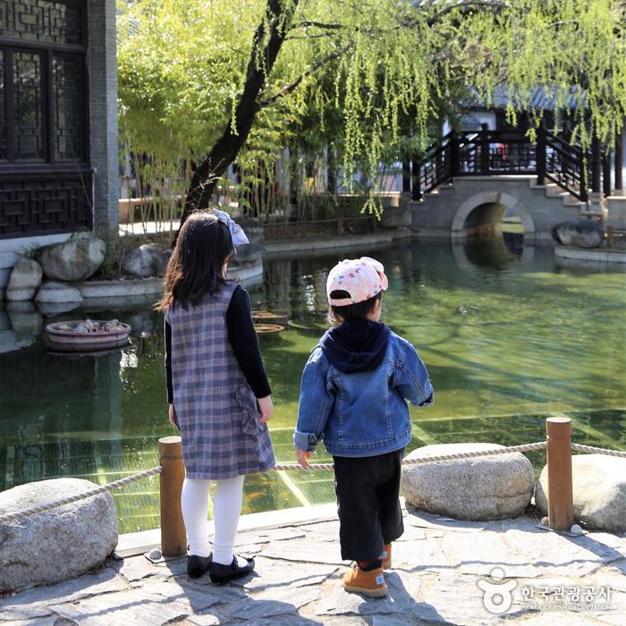 중국 원림건축 형식의 연못
