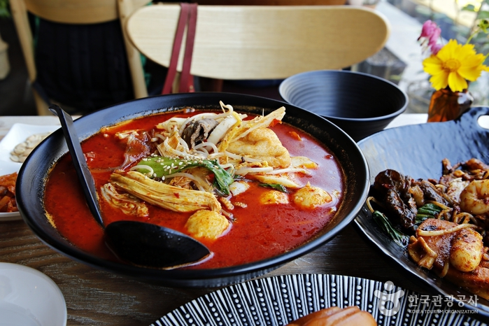 젊은 층의 입맛을 사로잡은 성북구 돈암동 성신여대 인근의 유명한 마라탕