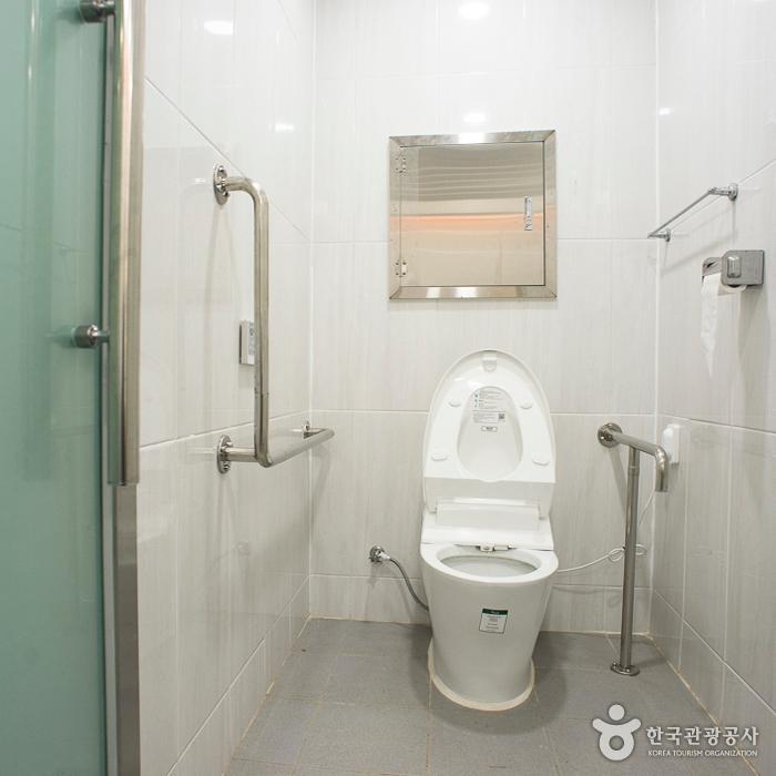 북면사무소 장애인화장실