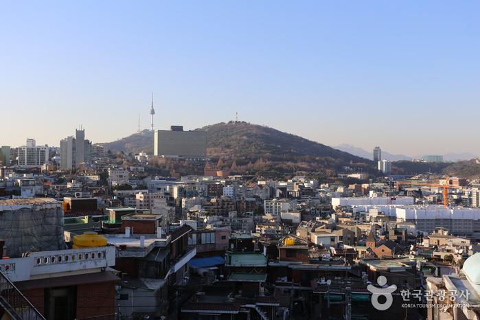우사단길 '음레코드' 옥상에서 본 서울 풍경