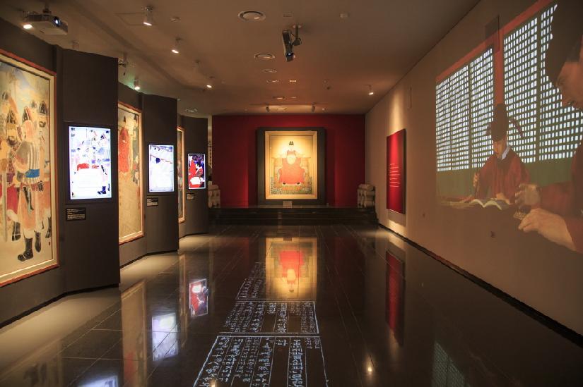 조선 왕릉 조성 과정과 영릉의 내부 공간을 자세히 볼 수 있는 세종대왕역사문화관