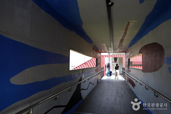 컨테이너 브릿지의 내부 모습