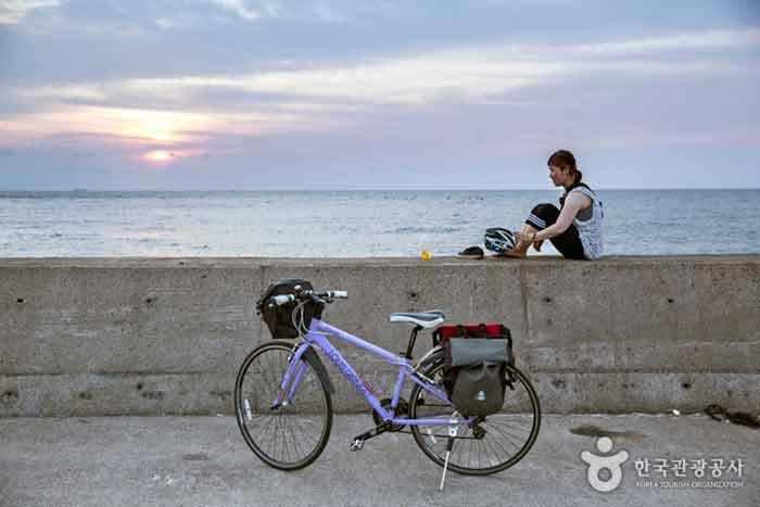 자전거 여행은 자연을 즐기는 여행이다