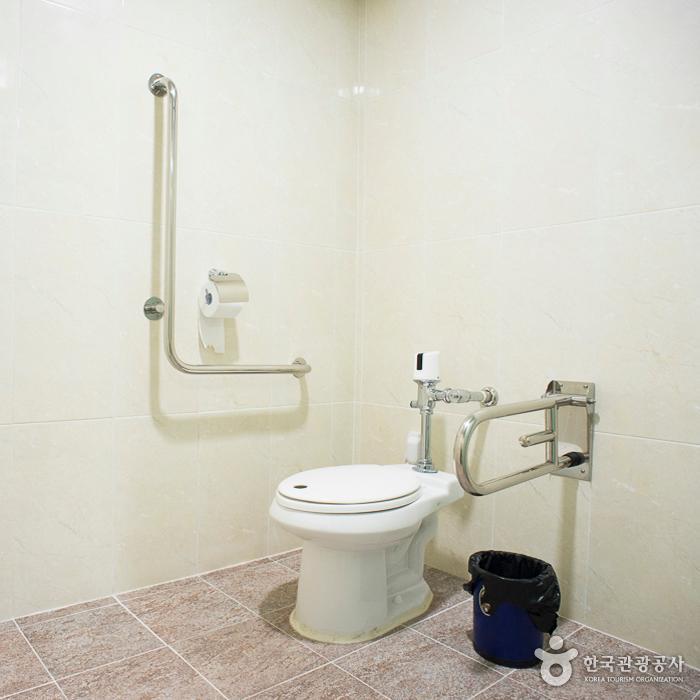 주천통합보건지소 장애인화장실