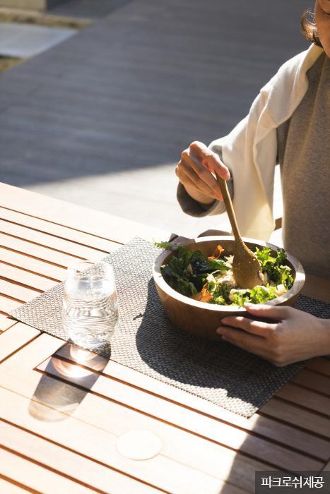 간편하게 즐기는 광합성 식사. <사진제공: 파크로쉬 >